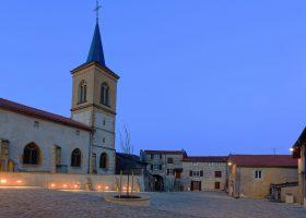 Rombas - Cour des Templiers - Vue Eglise