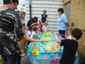 Jeux pour enfants à la Fête de l'été du RAM